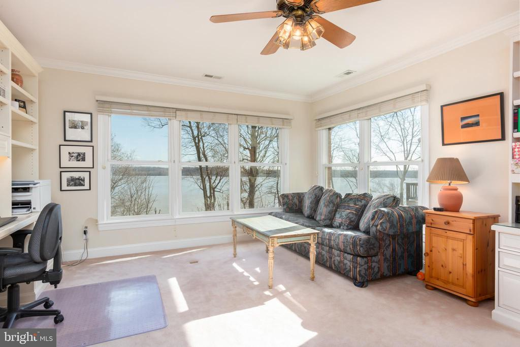 Bedroom 2 with water views - 9403 LUDGATE DR, ALEXANDRIA