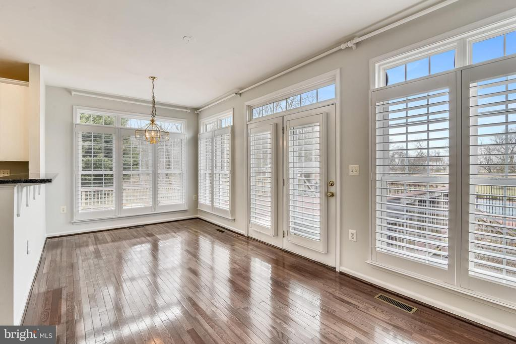 Breakfast/Morning Room - 37575 CHARTWELL LN, PURCELLVILLE