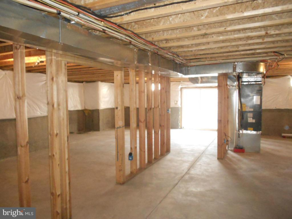 Unfinished basement with room to grow! - 11705 WILDERNESS PARK DR, SPOTSYLVANIA