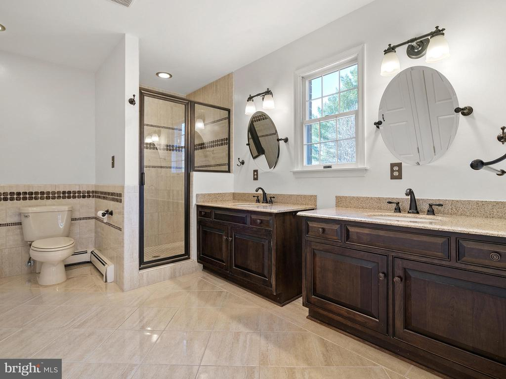 Master Bath with Large Shower and Custom Cabinets - 12143 RICHLAND DR, CATHARPIN