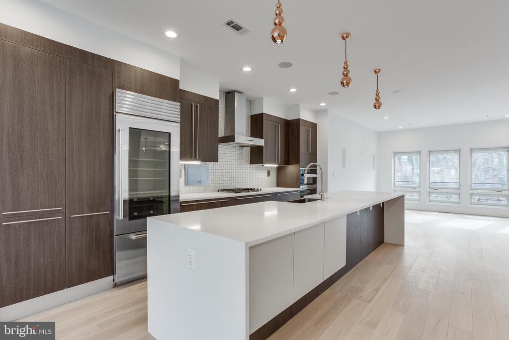 Gourmet kitchen - 2951 FORT BAKER DR SE, WASHINGTON