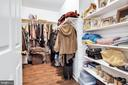 Deep walk in closet - 47285 OX BOW CIR, STERLING