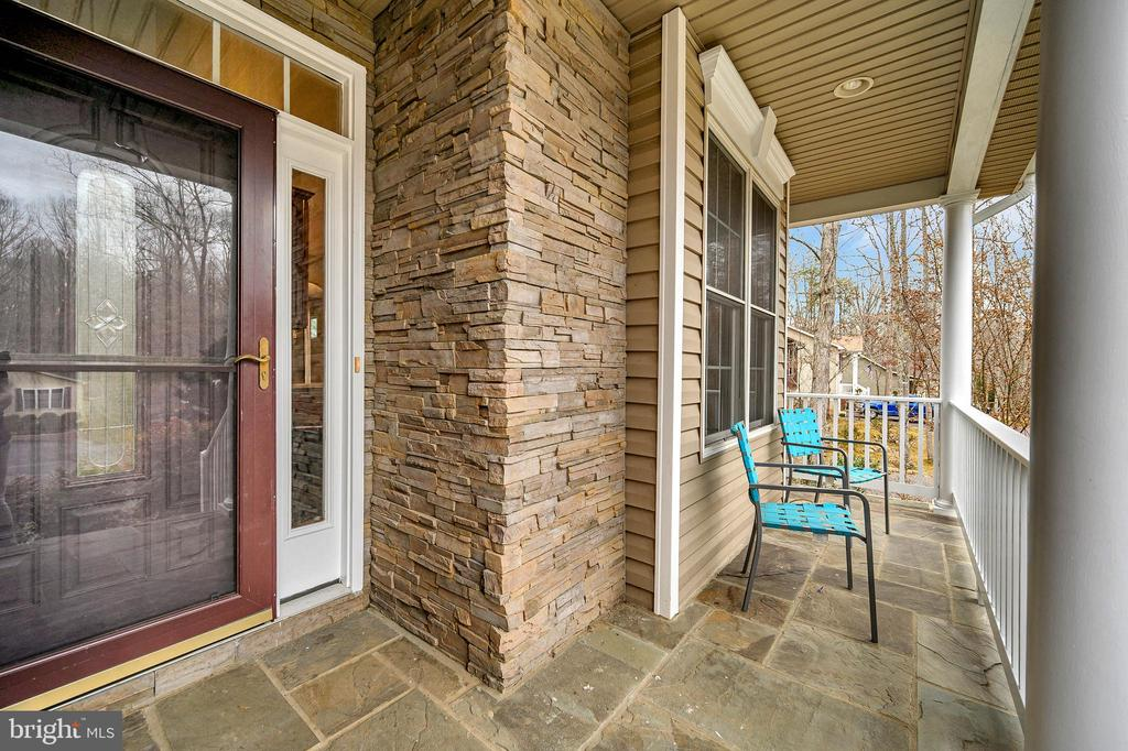 Stunning  front porch - 1010 EASTOVER PKWY, LOCUST GROVE