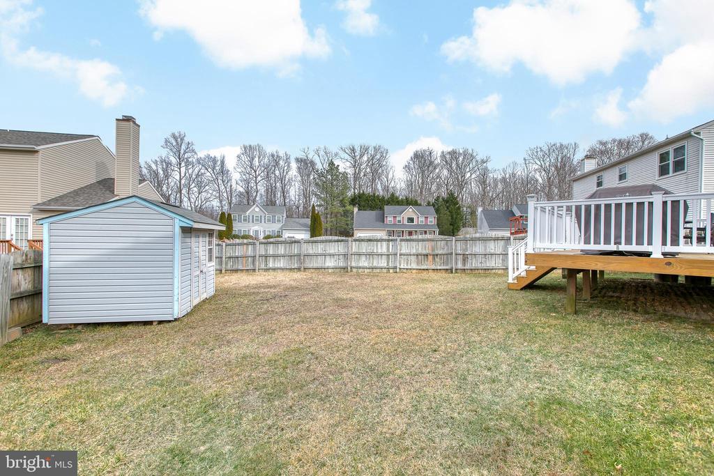 Fenced in back yard with shed! - 4 MARKHAM WAY, STAFFORD