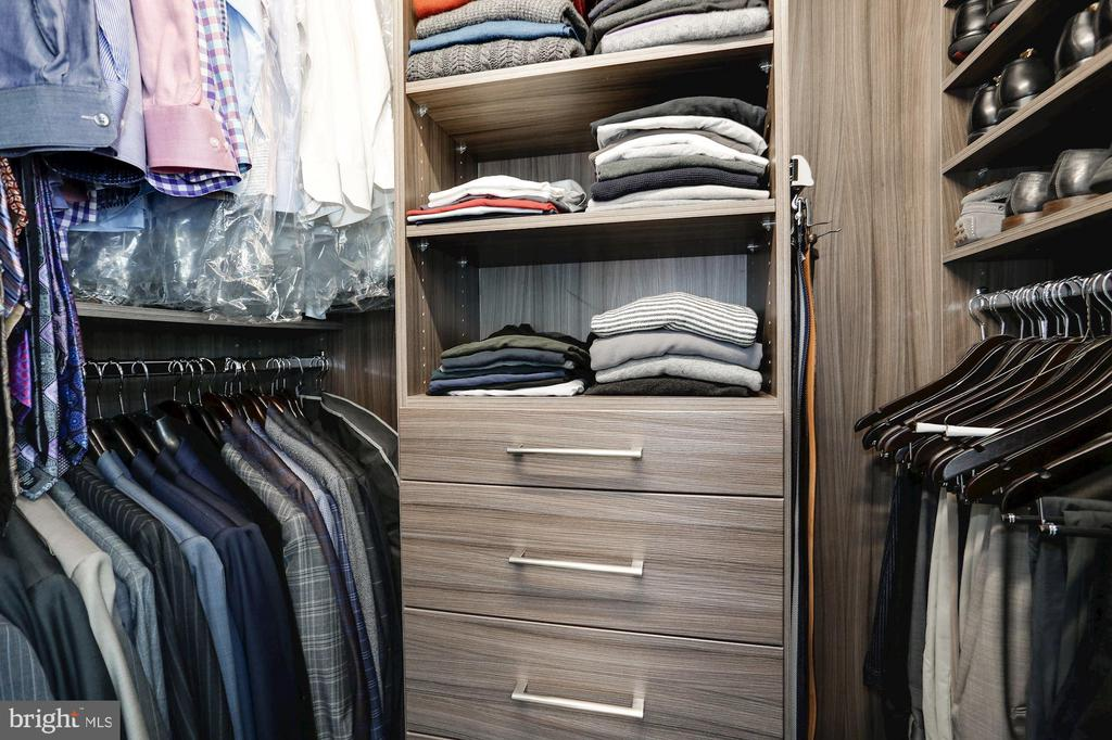 2nd walk-in closet outfitted with custom cabintry - 4523 WILSON BLVD, ARLINGTON