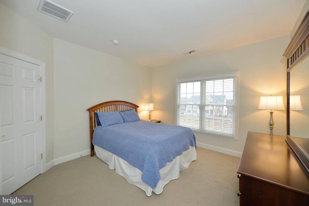 Fourth Bedroom View 2 - 36335 SILCOTT MEADOW PL, PURCELLVILLE
