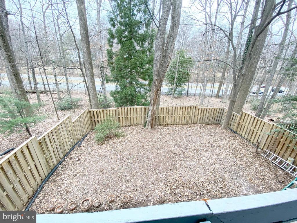 Full Fenced in Backyard - 11644 MEDITERRANEAN CT, RESTON