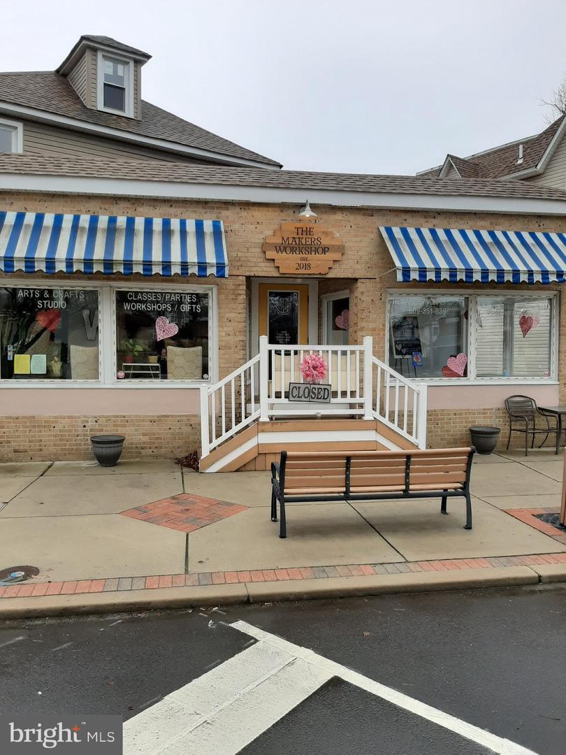 零售 为 销售 在 Laurel Springs, 新泽西州 08021 美国