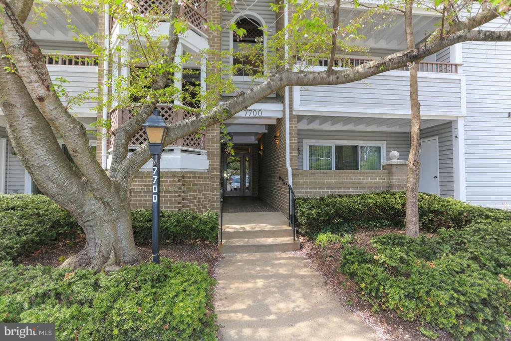 - 7700 LAFAYETTE FOREST DR #23, ANNANDALE