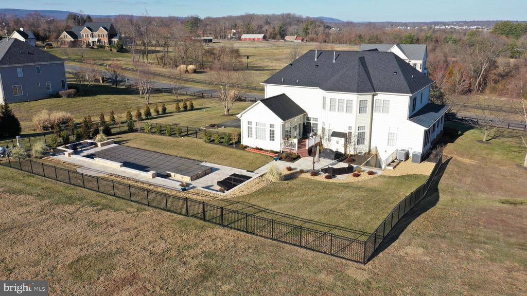 Aerial view from the back in winter - 36335 SILCOTT MEADOW PL, PURCELLVILLE