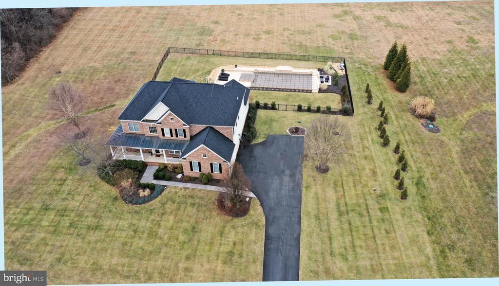 Aerial view from front - 36335 SILCOTT MEADOW PL, PURCELLVILLE
