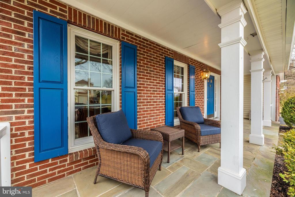Front Exterior-Porch Detail - 10649 FINN DR, NEW MARKET