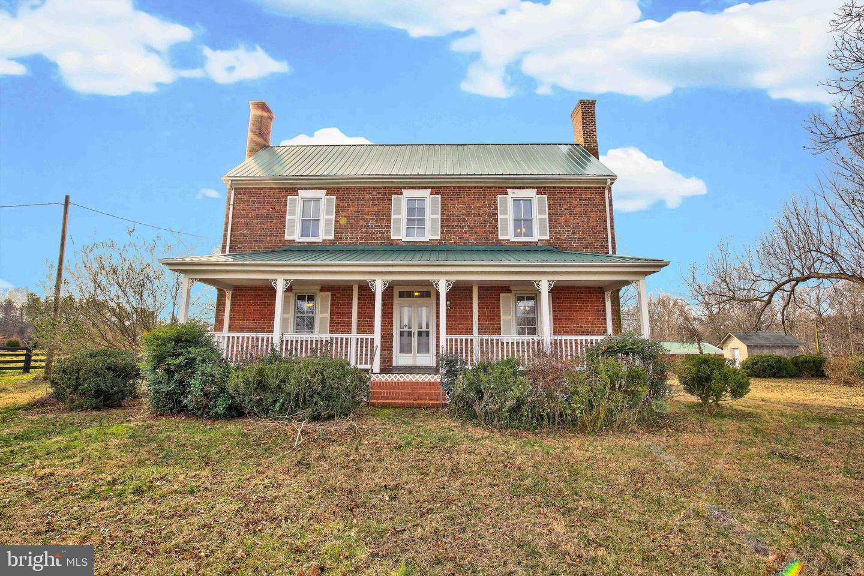 Single Family Homes 為 出售 在 Milford, 弗吉尼亞州 22514 美國