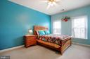 Large Bedrooms - 47747 BRAWNER PL, STERLING