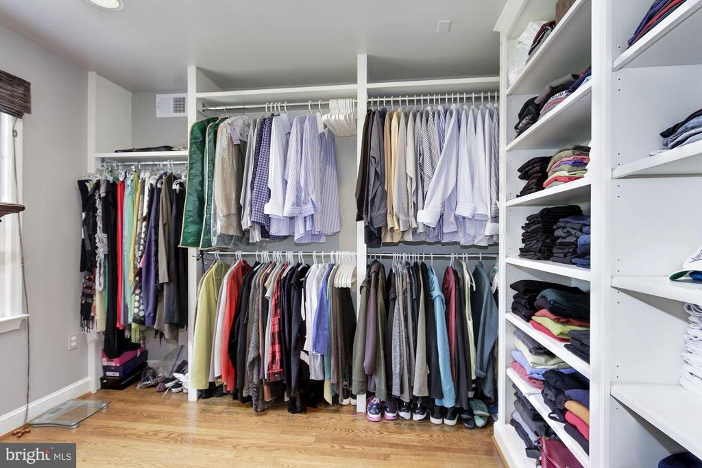 Walk-in closet and dressing off master bathroom. - 6951 GREENTREE RD, BETHESDA