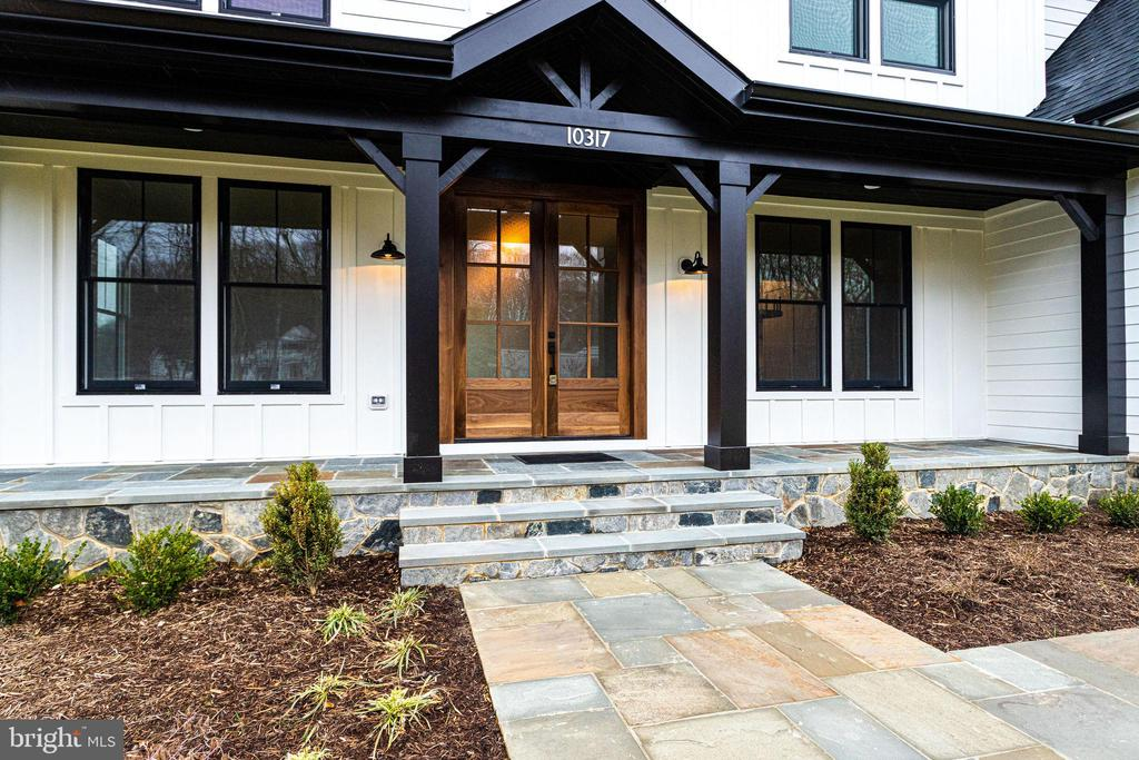 Front porch and entry - 10317 BURKE LAKE RD, FAIRFAX STATION