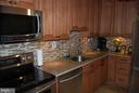 Beautiful Kitchen - 5500 HOLMES RUN PKWY #1517, ALEXANDRIA
