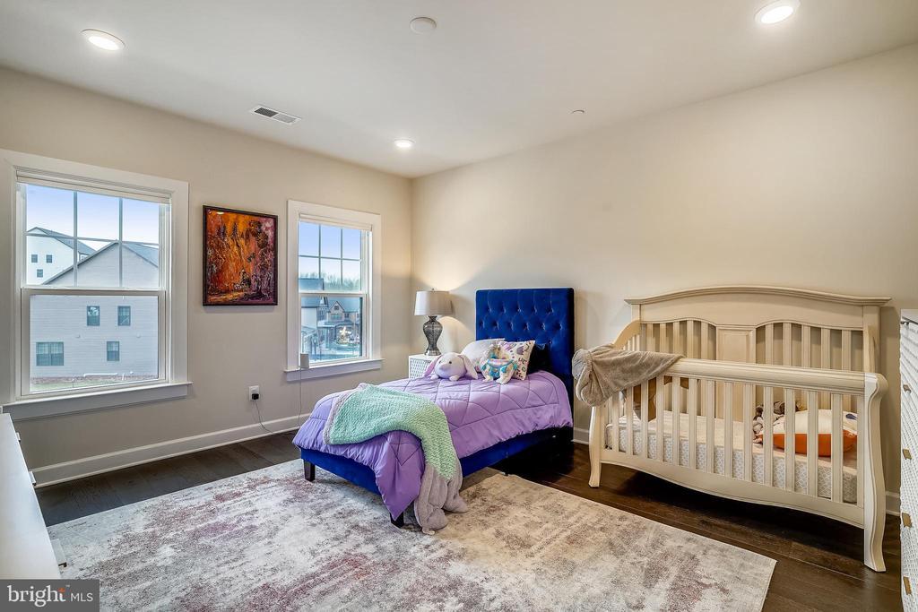 Bedroom #3 Recessed Lights & HW Floors - 6141 FALLFISH CT, NEW MARKET
