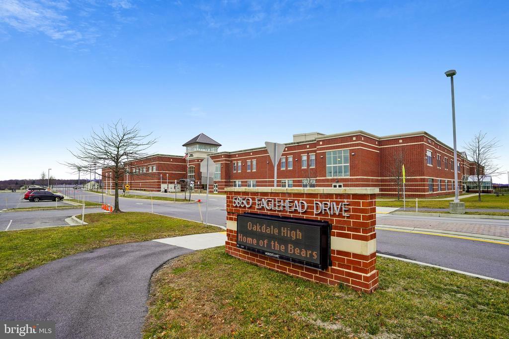 Oakdale High School - 6141 FALLFISH CT, NEW MARKET