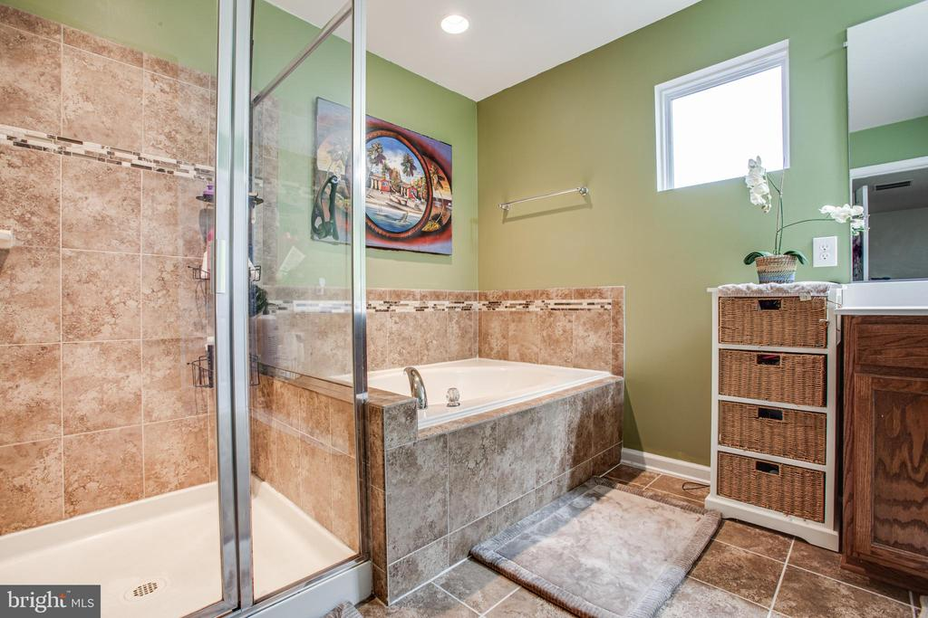 Master Bath with Soaking Tub and Walk In Shower - 24 IVY SPRING LN, FREDERICKSBURG
