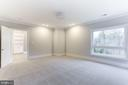 Huge bedrooms all ensuite with  oversized windows - 9604 PEMBROKE PL, VIENNA