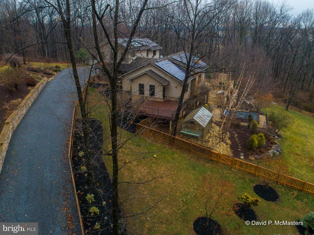 Sited on a hillside. Beautiful views. Unrestricted - 212 CICADA DR, MARTINSBURG