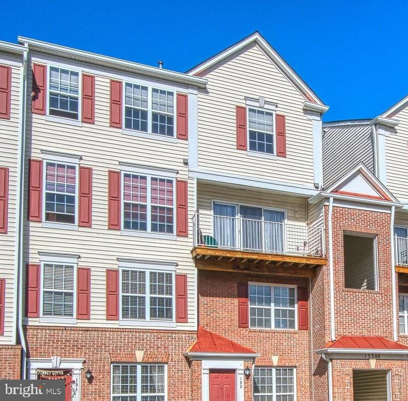 Top Floor -Two Level Condo -Just 4 mins from Metro - 13388 SPOFFORD RD #304, HERNDON