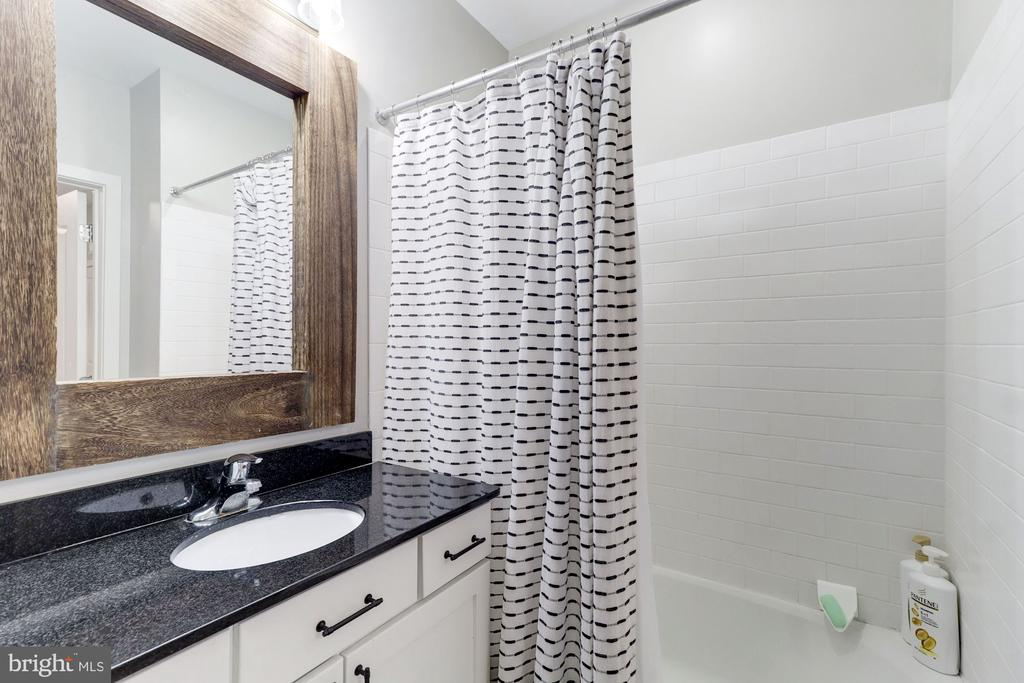 Large Vanity with Counter Space - 1425 11TH ST NW #103, WASHINGTON