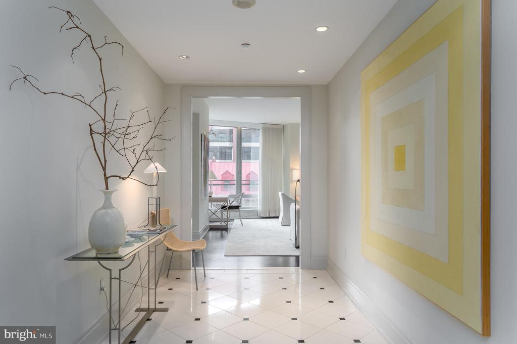Fabulous hallway from foyer to living area - 3150 SOUTH ST NW #1A, WASHINGTON