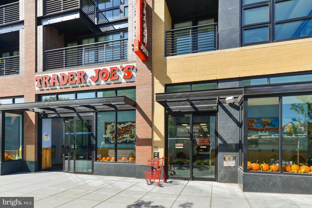 Trader Joe's On 14th Street NW - 1425 11TH ST NW #103, WASHINGTON