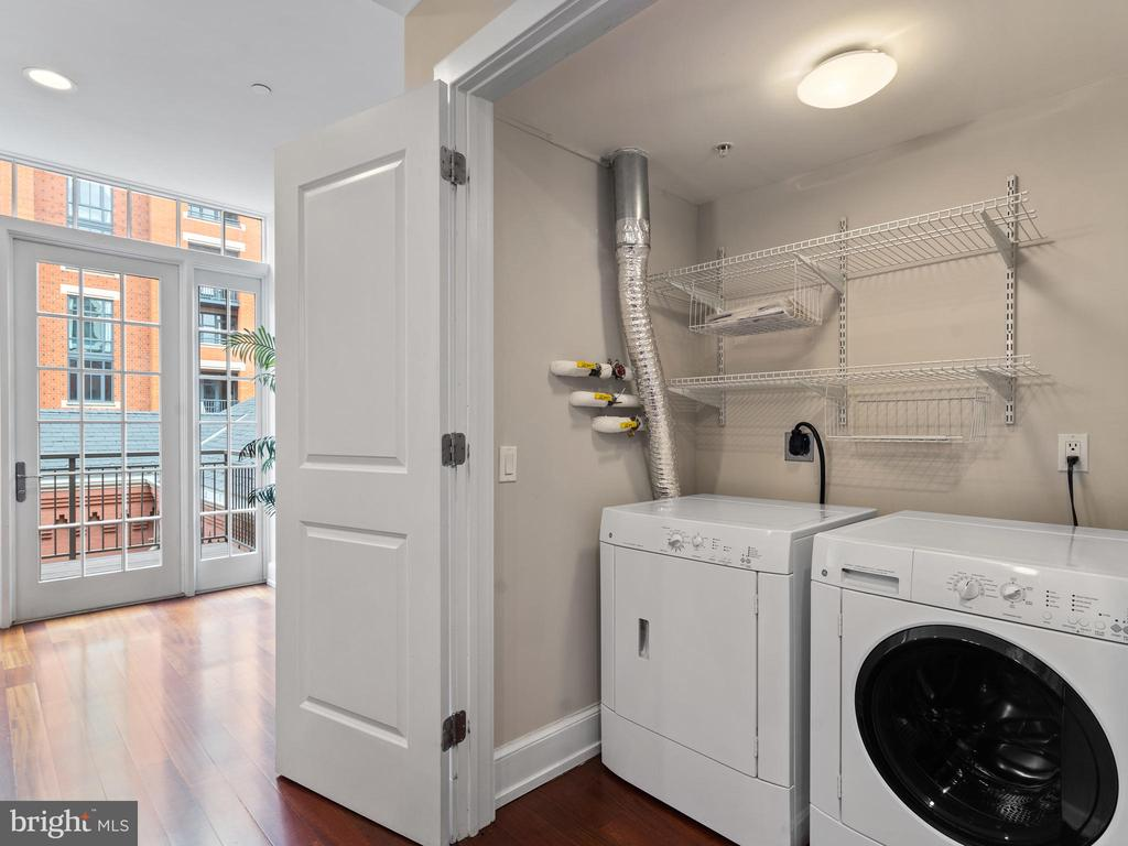 Main level laundry - 215 I ST NE #402, WASHINGTON