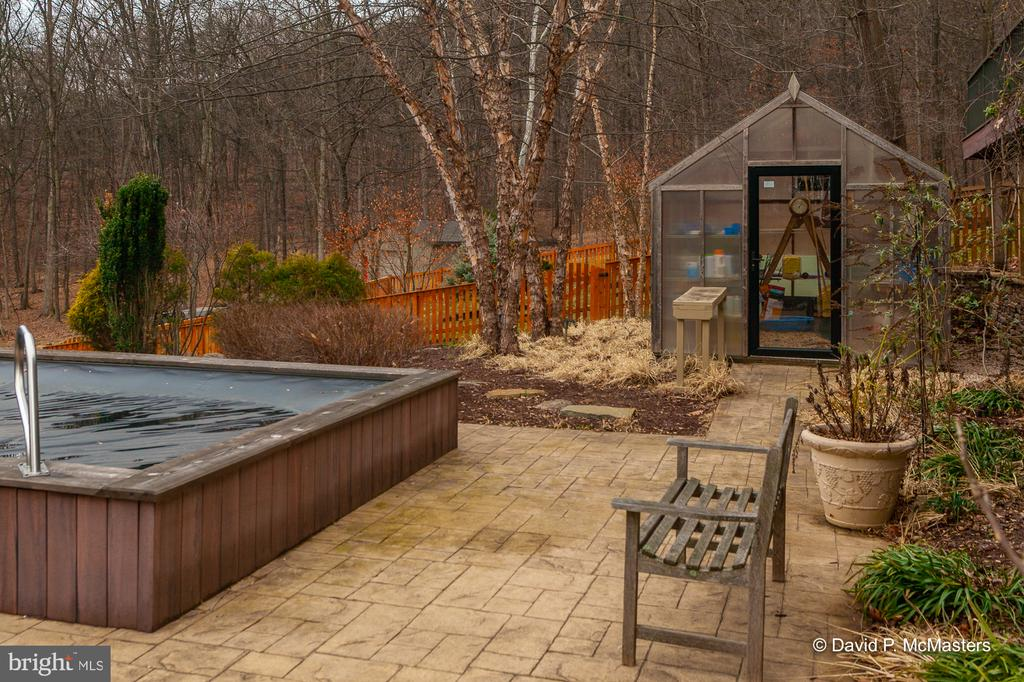 Pool Terrace Greenhouse, note landscaping BG - 212 CICADA DR, MARTINSBURG