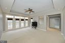 Master bedroom with views of golf course and river - 18184 SHINNIECOCK HILLS PL, LEESBURG