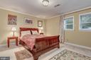 Lower  Level BR with en suite bath - 2747 N NELSON ST, ARLINGTON