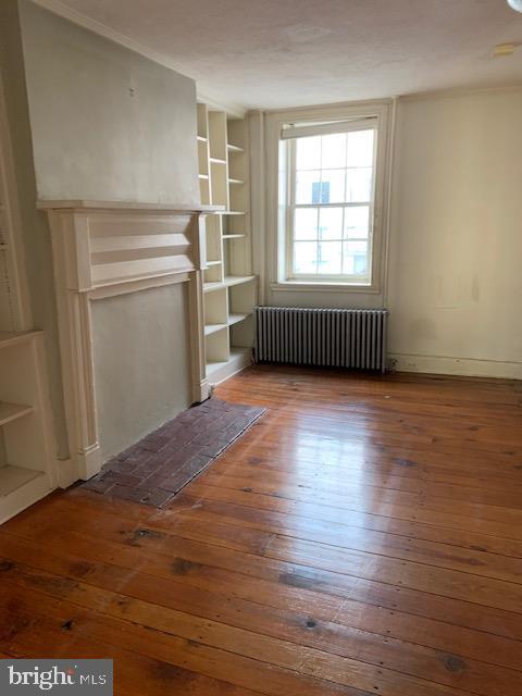 Living Room with original hardwood floors - 240 E 2ND ST, FREDERICK