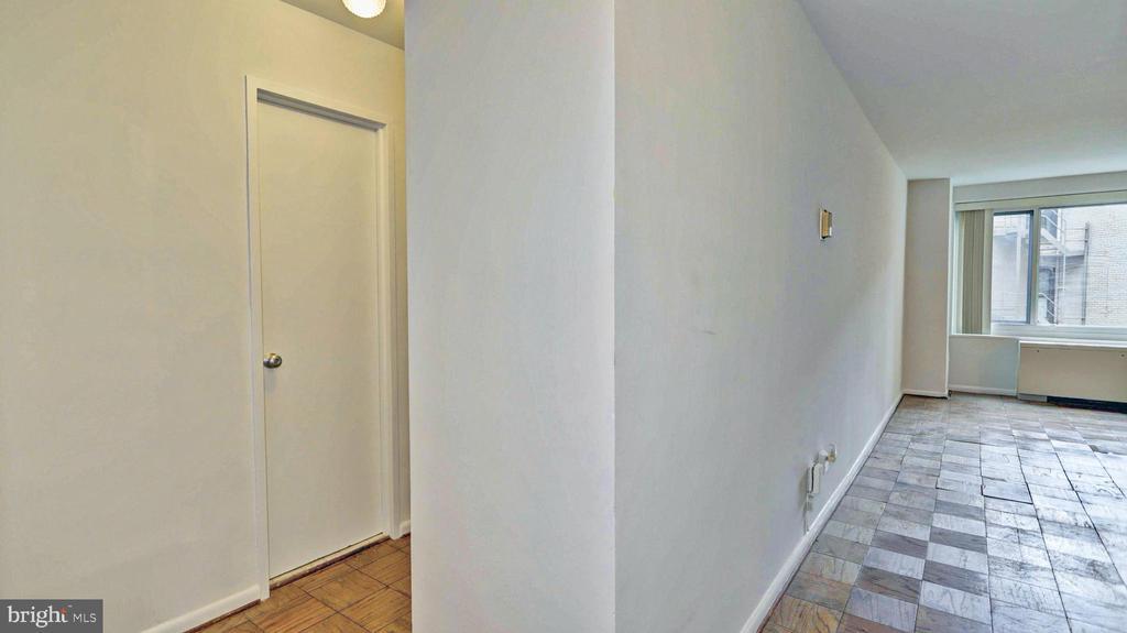 - 1330 NEW HAMPSHIRE AVE NW #418, WASHINGTON