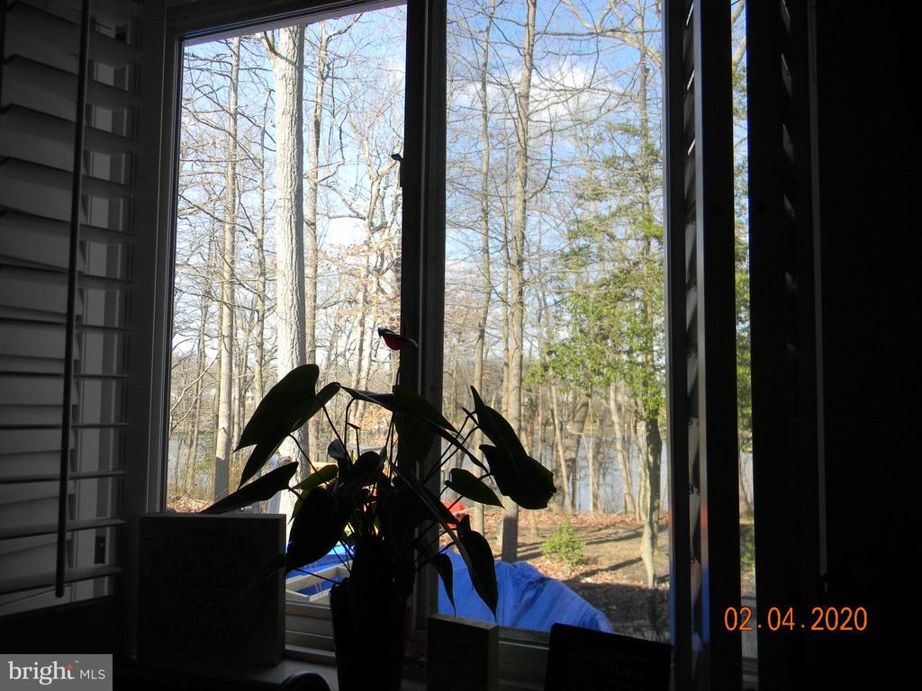 Waterview in dining room - 504 CREEK CROSSING LN, GLEN BURNIE