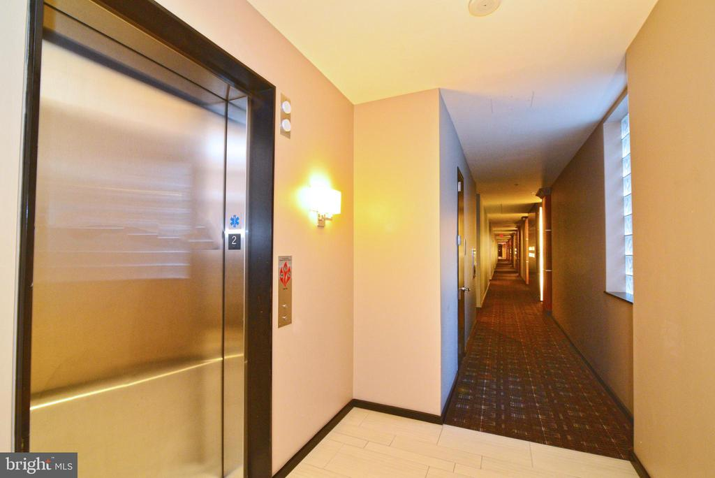 - 12025 NEW DOMINION PKWY #208, RESTON