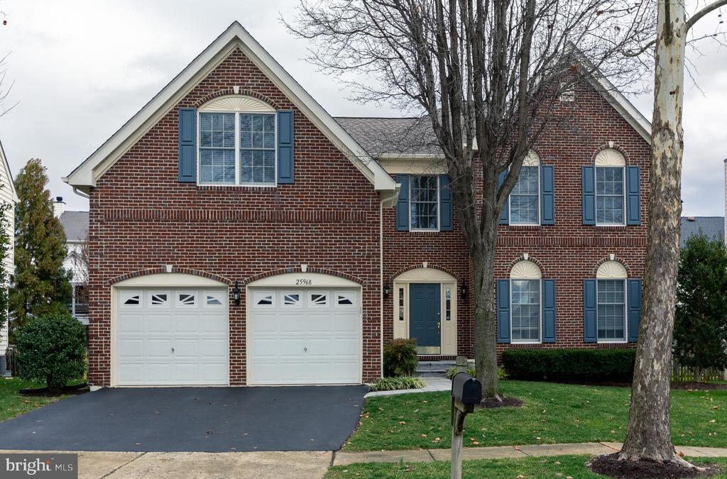 Beautiful brick front colonial - 25968 HARTWOOD DR, CHANTILLY