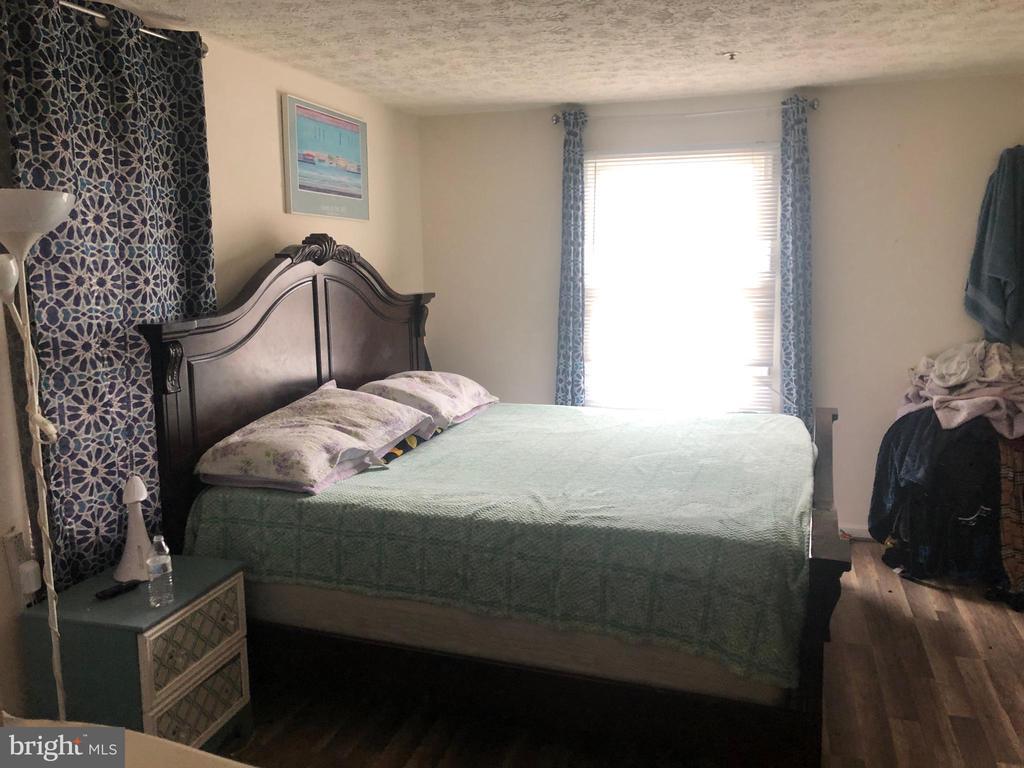 Master Bedroom - 12205 SAINT PETER CT #H, GERMANTOWN