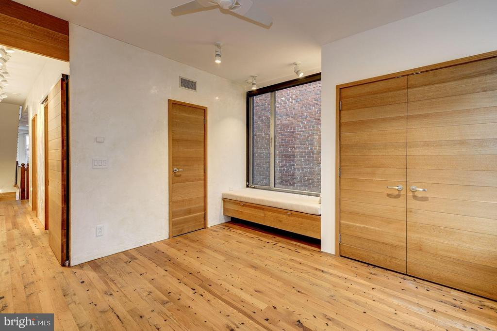 Third Bedroom with access to Bathroom - 2113 S ST NW, WASHINGTON
