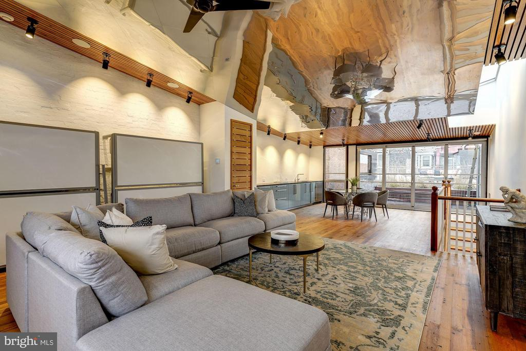 Fabulous Fourth Floor with Reflective Ceiling - 2113 S ST NW, WASHINGTON