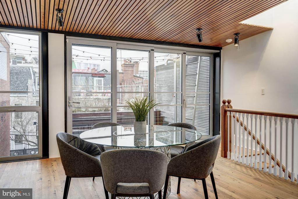 Fourth Floor Table with Skylight over staircase - 2113 S ST NW, WASHINGTON