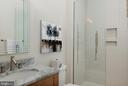 Full bath - 740 S RIVER LANDING RD, EDGEWATER