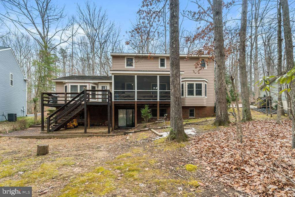 Back Deck and Screened in Porch. - 115 GOLD RUSH DR, LOCUST GROVE