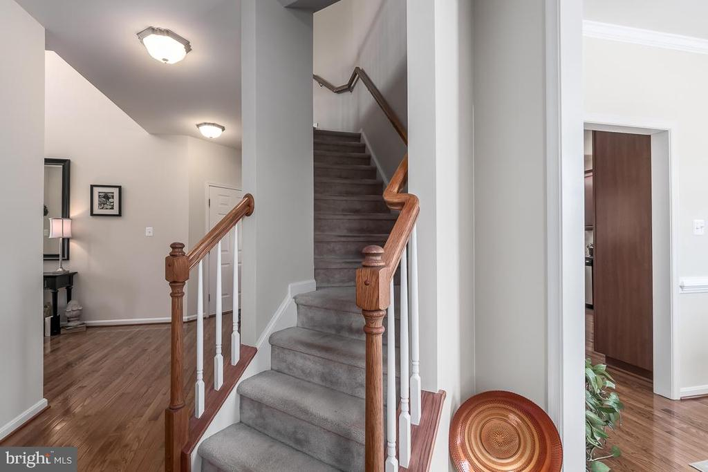Hidden staircase to Master Ste & Large Bdrms. - 64 SANCTUARY LN, STAFFORD