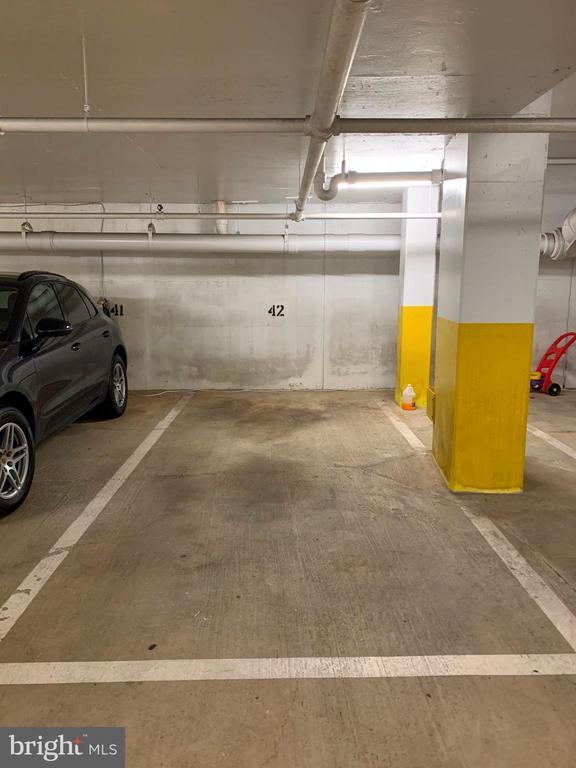 Garage parking included - 700 NEW HAMPSHIRE AVE NW #821, WASHINGTON