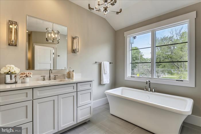 Builder's previously completed home - Master Bath - 2103 GREENWICH ST, FALLS CHURCH