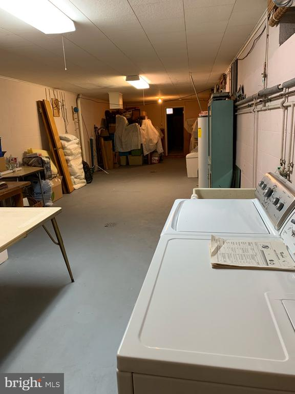 Laundry/storage/Utility - 215 BROAD ST, MIDDLETOWN