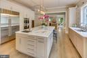 It's the perfect kitchen! - 11134 STEPHALEE LN, NORTH BETHESDA